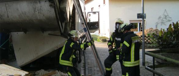 02-feuerwehr-seeheim-jugenheim-feuer-brand-muellwagen